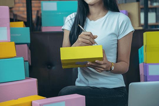 Kurier miejski dla firm – czy sprawdzi się w Twojej branży?